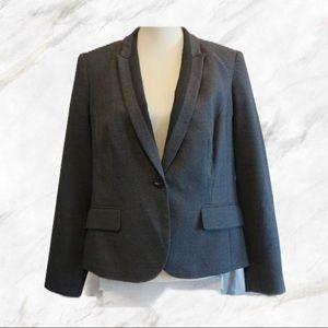 SALE! 🔥 Grey Plaid Blazer w/ Black Collar Accents